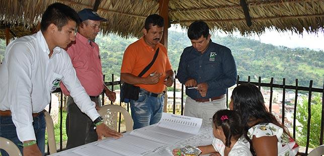Agricultores Comprometidos Con El Monitoreo Climático