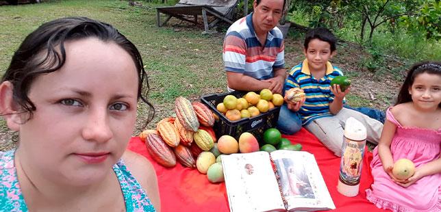 La Familia Centeno Martínez, Un Ejemplo De La Agricultura Familiar
